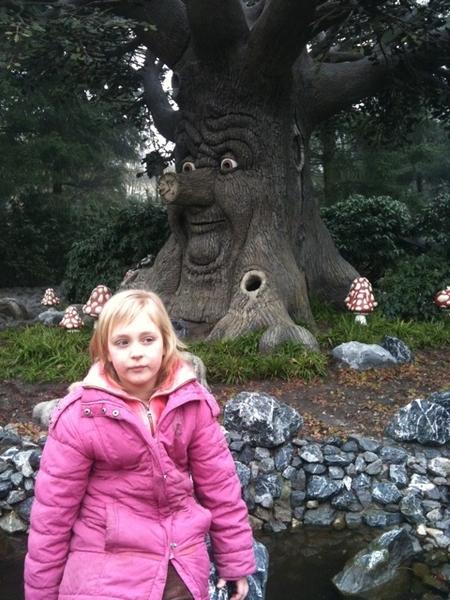 Sprookjesboom in het Houtenbos. #efteling krokusvakantie 2011