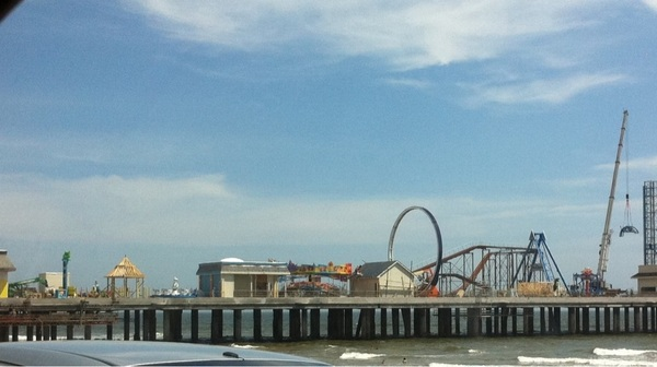 Here's another pic of Pleasure Pier