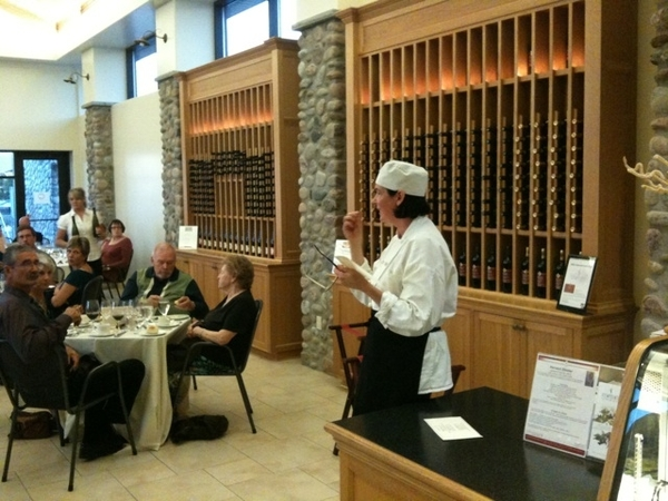 Chef Mary Ann of Viewpointe winery explains the harvest meal of local cuisine paired with wines.