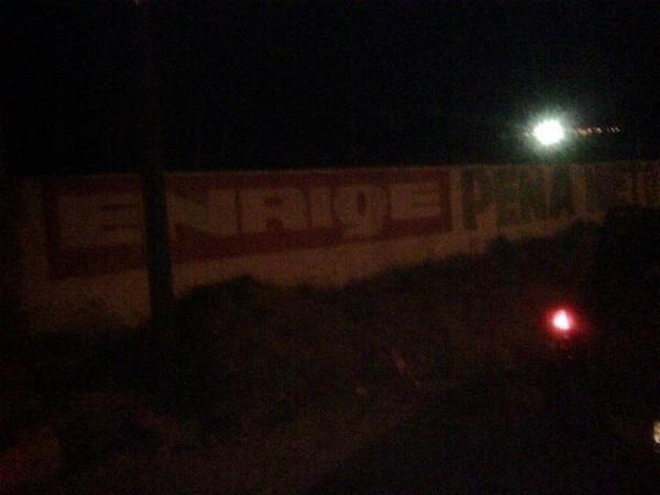 """@ArmandodelaGza  En  #Monclova #Coahuila con ayuda de su presidente de partido #EPN hace de las suyas ! Se roba la """"U"""""""