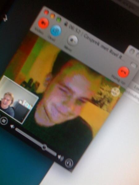 Met @RoelReniers op Skype aan 't bijkletsen...