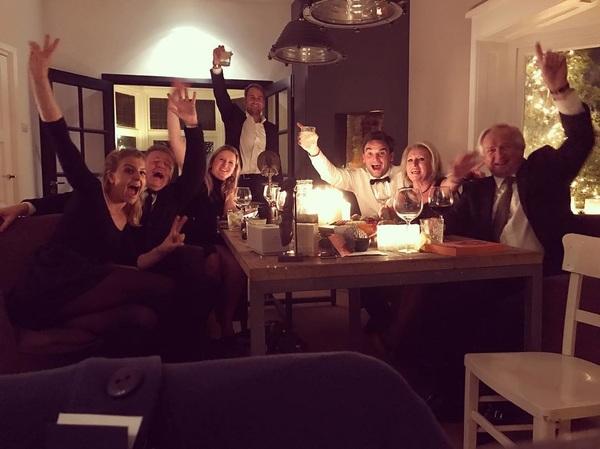 Christmas with the family!! #christmas #sjaakenstein #family #santa #scheveningen