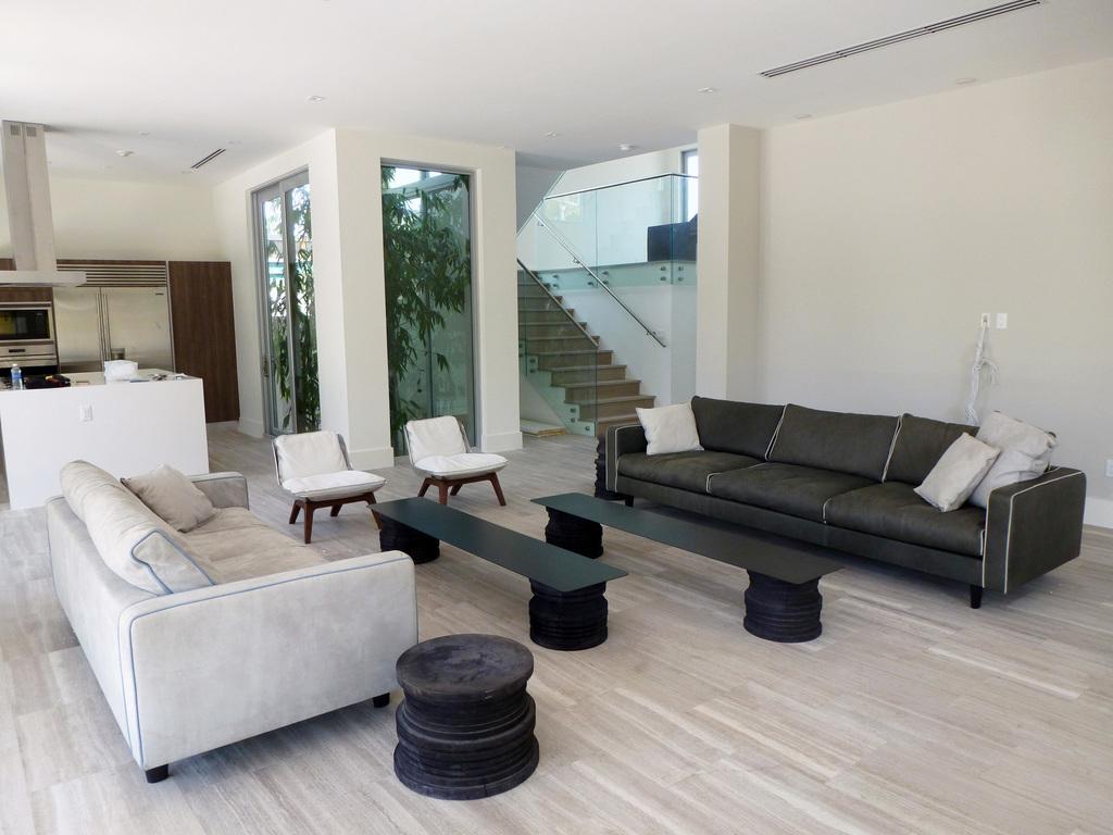 Internum miami contemporary furniture miami fl by for Modern miami furniture