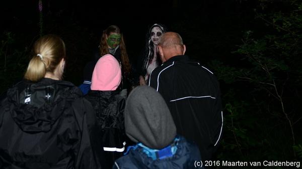Donderdagavond begon voor #groep8 van @kctven #rosmalen de #spooktocht
