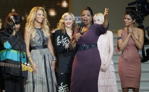 Beyonce wore a Catherine Deane gown on Oprah's Farewell Spectacular show