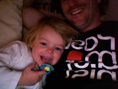 photoboothing with Amelie.... about to bring her to bed...