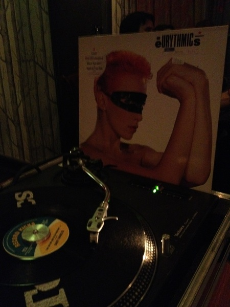 Can't believe I'm playing Eurythmics  @FontFallowfield after being 20 feet away from her last night.