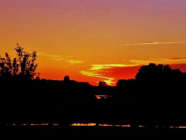 Zonsondergang aan de Rotte, afgelopen weekend. #buienradar