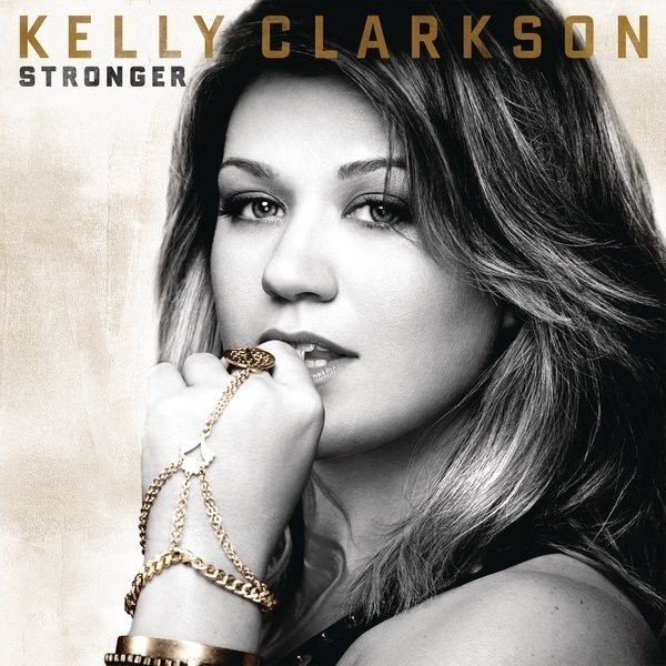 ♬ 'Dark Side' - Kelly Clarkson ♪