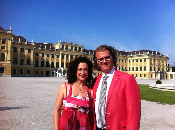 I am in Vienna with Barbara Wüssow, the most lovely and famous actrice of Austria. Filming a new TV special.