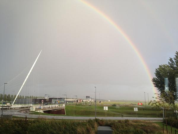 Calatrava (Luit) en regenboog na een pittige bui in het noord-westen #buienradar