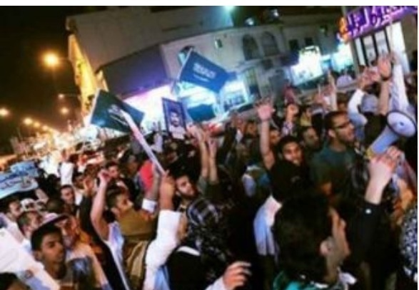 صورة من مظاهراتالقطيف   #ksa #OnlyInSaudi #Qatar #Egypt #kuwait #saudi #mofti #saudiwomen #UAE #morocco #lebanon #Qatif