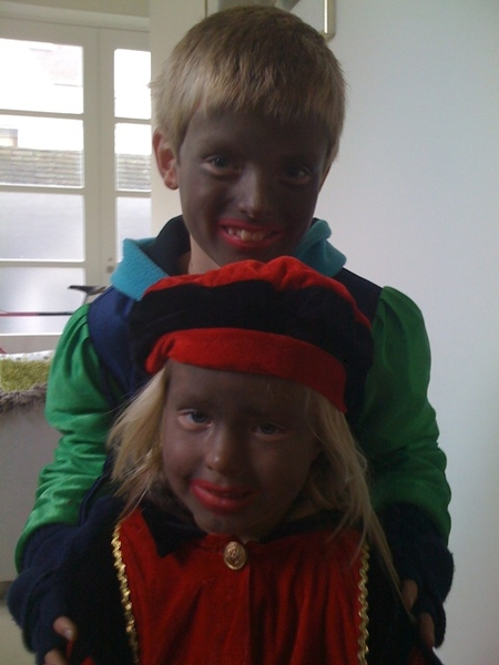 Kids are ready to welcome Sinterklaas