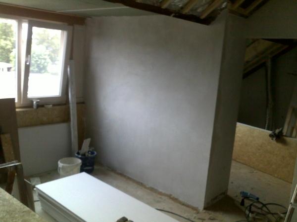 nieuw muurtje heeft een achterkant + todo gipsplaten