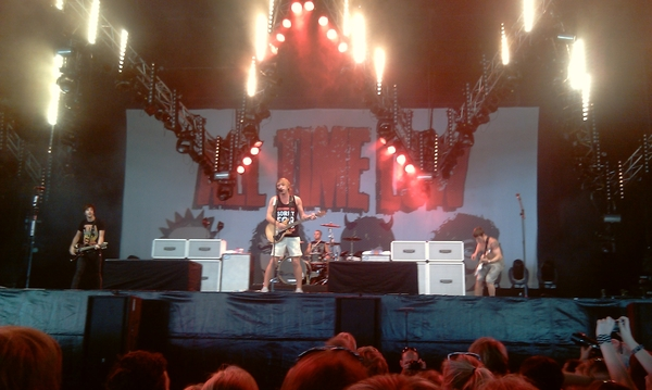 All Time Low speciaal voor @bbstripes