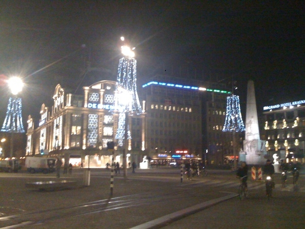 Lots of xmas lights on Damsquare Amsterdam