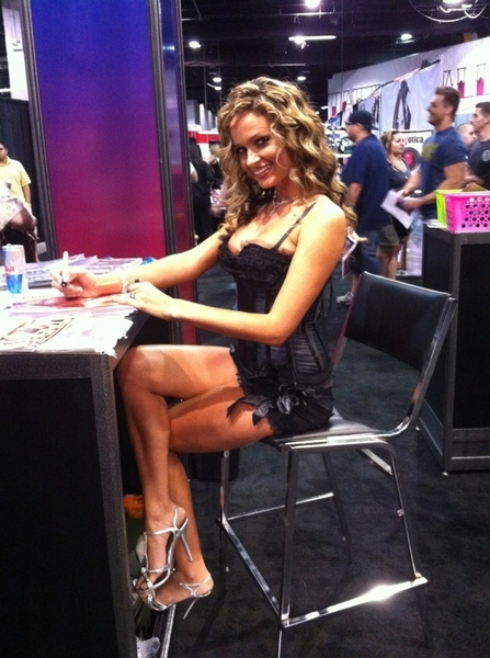 @realPrinzzess is doing a great job representing GFF at @EXXXOTICA. Find her at the @HotMovies booth.