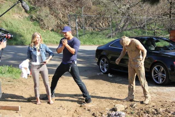 Check out Punkd Thursday 10/9c in MTV And watch me punk Jules . And yes , that mud man is me in the pic . The things we do for a laugh .
