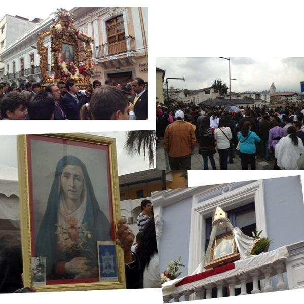 Procesión de la Virgen Dolorosa del Colegio. Este momento recorre la Av. Venezuela #UIO