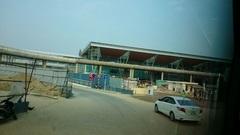 絶賛工事中のダナン空港の新ターミナル。 4月開港って本当か? てなことで、もう搭乗です。次は成田で!