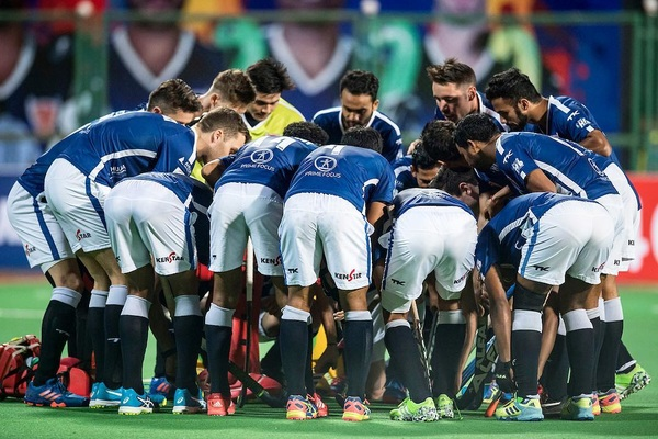 Thats what they call a teamperformance! Another win and 🖐🏼 points! @dabangmumbaihc #DilSeDabang #TheAlphas @hockeyindialeag