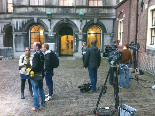 #dedeur2012: #NOS #RTL #BNR #ANP #E2E  #R1J  #politiek #TK12