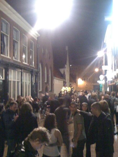 Wat een drukte nog in de stad zeg. #groningen