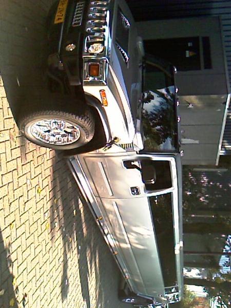 Hummer-limo achteruit inparkeren