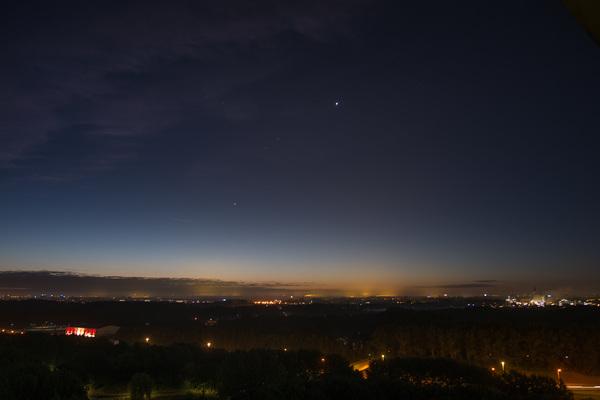 Planeten vlak voor zonsopkomst. Maandag 28 sept, 6:34. #planeten #bloedmaan #buienradar