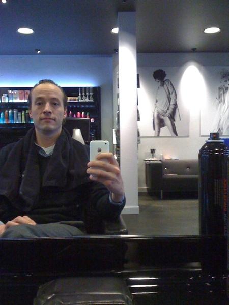 Je ziet t niet op de #moby maar er zit lang haar op mijn hoofd. En dat gaat er dus af.