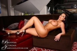 """@Brazzers: I like boobs"" how's about dees b(.)(.)bs?! RT"