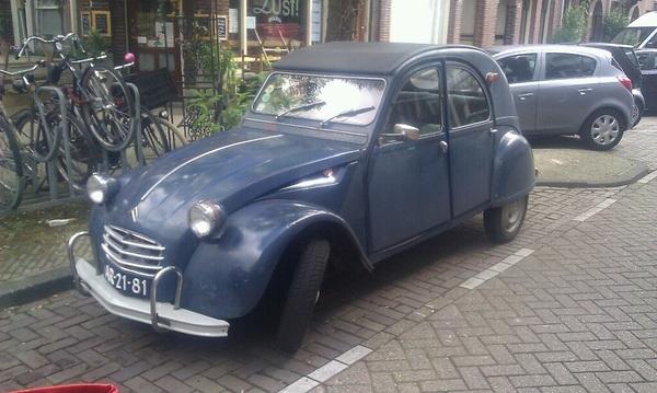 't Is vandaag Citroëndag in #020 #depijp. Ik kan er ook niks aan doen.