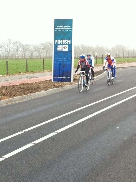 De sportieve fietser wint! Training... #KNWU #raboploegentijdrit