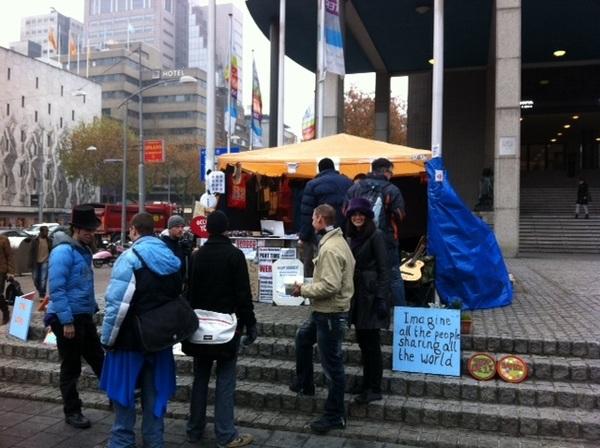 Team X On tour. Nu @occupyrotterdam hierna @occupydenhaag #occupyNL #fb