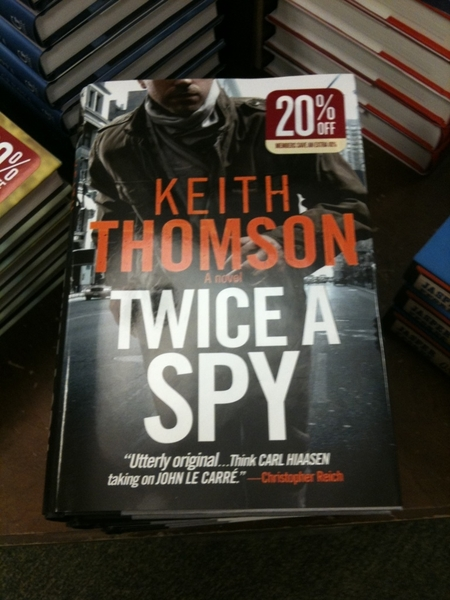 Hey  @kqthomson walked into B&N and bam! said the lady, featured nicely. #TwiceASpy