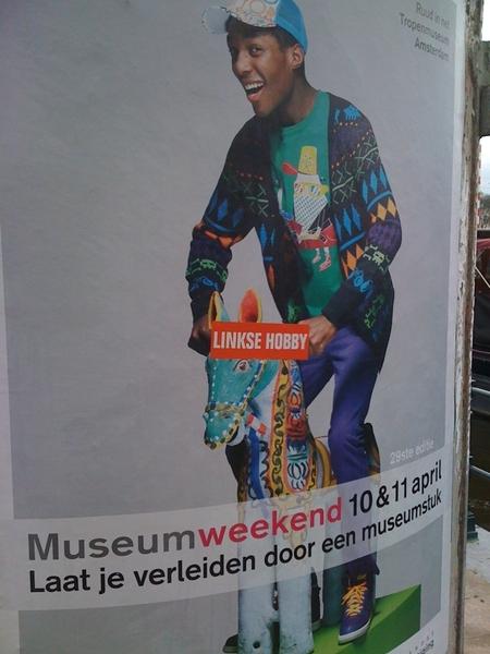 Ziet commentaar op museumweekend.