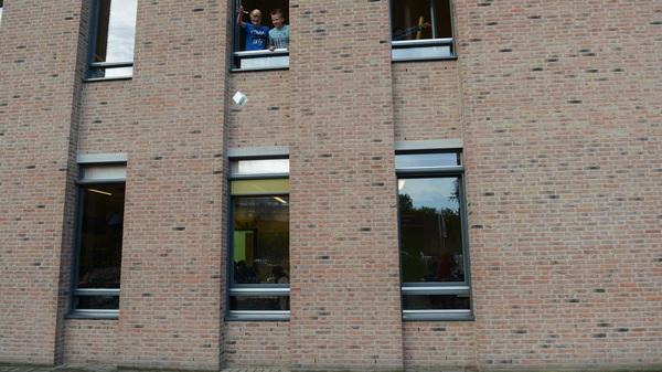 Vandaag was wedstrijd #3vwo #talenttraject @Rodenborch #rosmalen. Zorg dat het ei heel is als je het uit het raam laat vallen