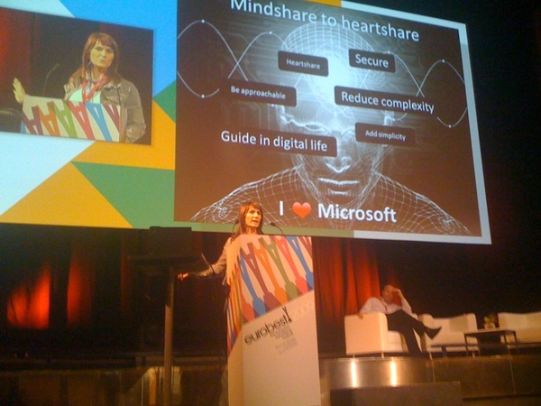 @jacquelineS presents the nl social campaign for windows7 'from mindshare to heartshare' #eurobest Nice!!