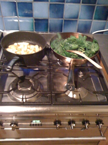Spinache and potatoes. #cooking