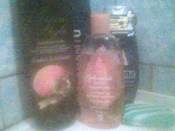 . В ванной. А каким шампунем пользуйтесь вы и какой ненавидите?