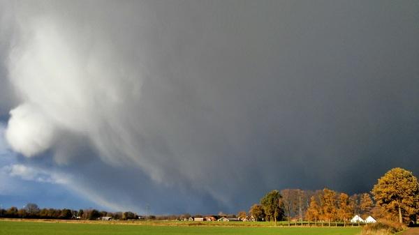 Magistrale bui met winters karakter boven Deurningen, Overijssel #buienradar