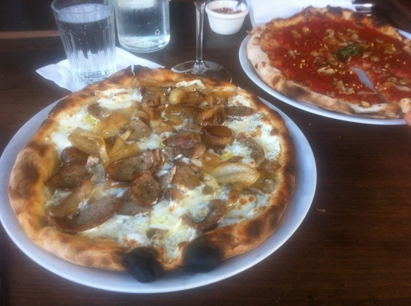 Is eating while tweeting called Tweating? Carbing up at Pizzeria Bianco for my shows tonight @standuplive in Phoenix.