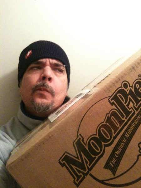 So I got this massive parcel delivered today. I can't figure out what it could be...!  Any ideas? @MoonPie