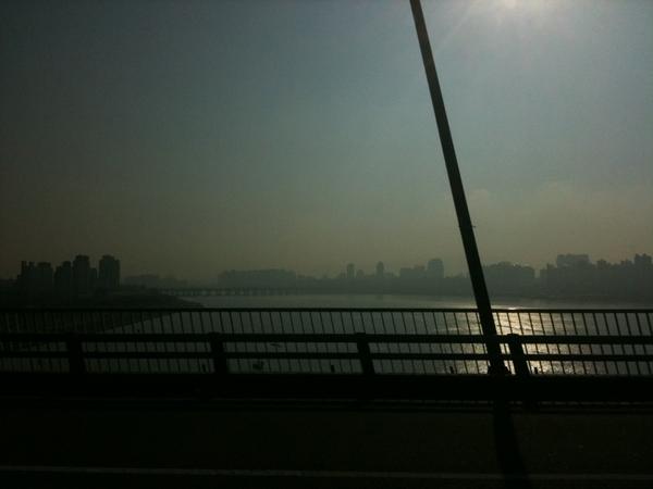 오늘도 날씨 좋네요. 모두들 행복한 하루되세요. 사진은 쫌 이상하게 나왔지만. ㅎ  \(^o^)/ #fb