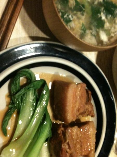 無印良品の「沖縄風ラフテーの素」で、角煮を作ってみた。ちと薄味だけど、柔らかくできた。