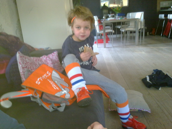 Onze hockey kampioen klaar voor zijn eerste hockey clinic