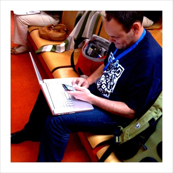#edumedia09 Birthday Boy Martin @mebner before his birthday presentation about using Twitter in conferences.