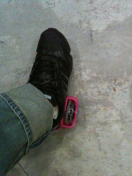 まゆちーに貰ったローラー靴練習してみる!・・・・。むず!!!・・・・実はまゆちーて運動神経よい??Σ( ̄□ ̄;)