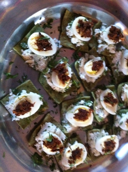 Adobe Guad dinner: passed aos included Machacado c/ huevo: quail egg w crispy dried beef,ricotta&cilantro tortilla