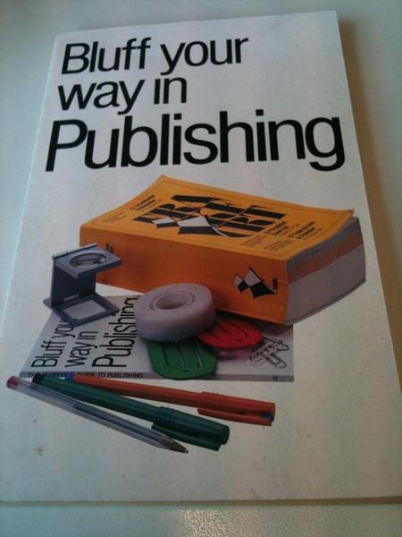 Mooie vondst tijdens opruimen kantoor tbv interne verhuizing. Had ik dit boek maar eerder gevonden...